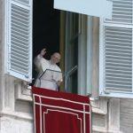 """No Ângelus, Papa afirma: Jesus veio """"abrir"""" os corações"""