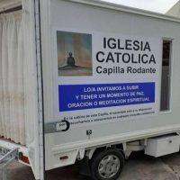 Criam capela móvel para combater indiferença religiosa no Uruguai